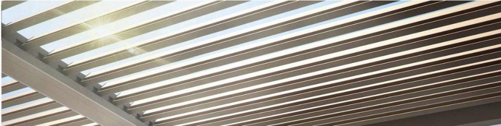 bepaal zelf de sterkte van het zonlicht bij een overkapping met lamellen dak